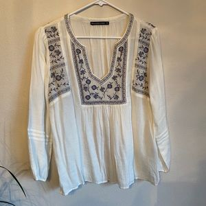 Hollister White Embroidered Blouse Long-sleeve